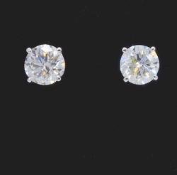 14kt Gold 1+ctw Diamond Studs
