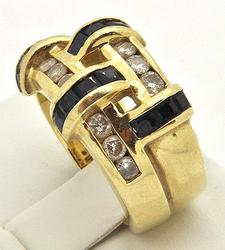 LADIES 14 KT YELLOW GOLD DIAMOND AND SAPPHIRE RING.