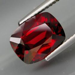 Stunning 4.08ct ruby red Garnet