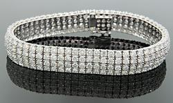 15.7 ctw Diamond Tennis Bracelet, 18K