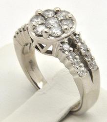 14kt Gold 1+ctw Diamond Cluster Ring