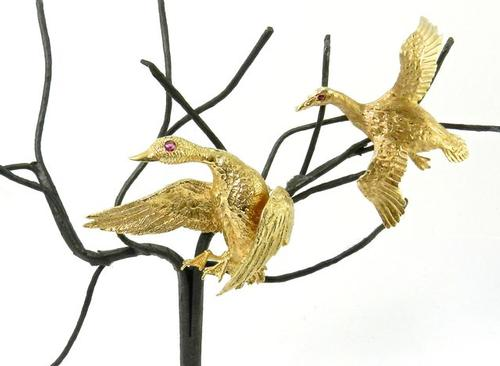 Fantastic Pair of 14kt Gold Pair of Duck Brooches