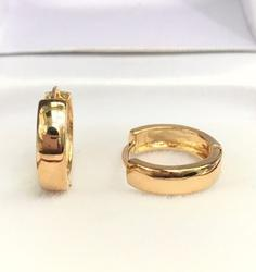 Brand New 18K Gold Hoop Earrings