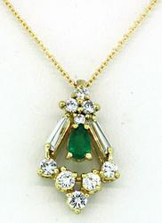 Striking Diamond & emerald Pendant Necklace in 18K