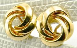 18kt Gold Knot Design Pair of Earrings