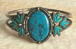 Southwest Style, 1970s, Faux Turquoise & Silver Tone Hinged Bracelet
