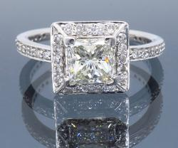 Glamorous 14K White Gold GIA Certified Diamond Ring