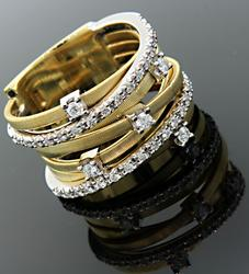 Bicego Goa Ring with 7 Bands in 18K with Diamonds