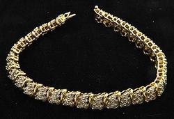 14kt Gold Floral Design Diamond Bracelet, 2ctw