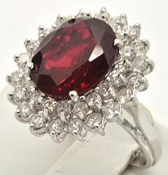 Ladies 14kt Gold Ruby & Diamond Ring