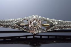 Art Deco 0.15 Ct European Cut Diamond Filigree Pin/Brooch