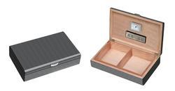 Visol Carbon Fiber Pattern Lacquered Medium Cigar Humdior - Holds 50 Cigars