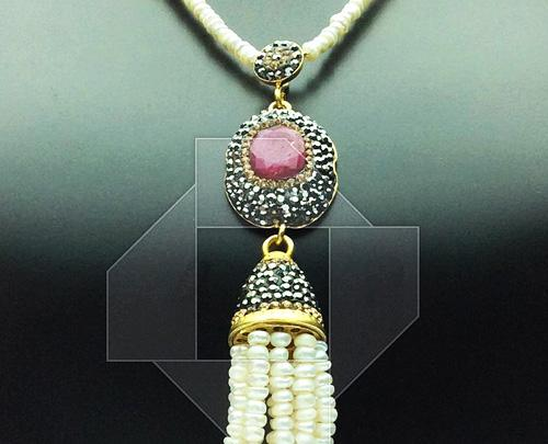 Spectacular & Elegant Gem with Crystals 925 SS Necklace