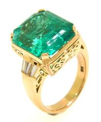 Impressive 11+ctw Emerald & Diamond Ring in 18kt