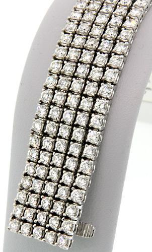 Absolutely Stunning 20ctw Diamond Tennis Bracelet