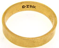 14kt Yellow Gold Wedding Band Size 8.5