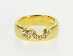 18K Yellow Gold Half Circle X Design Diamond Wedding Band Ring