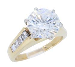 GIA Certified 2.89CTW Diamond Ring
