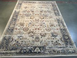 Magnificent Traditional Vintage Reproduction Rug 7x10