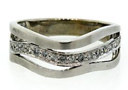 Diamond Wave Ring in 10K
