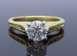 Superb 18K Yellow Gold Diamond Engagement Ring