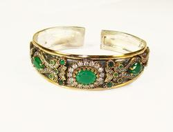 Stunning Classic Design Beautiful Gems 925 SS Bracelet