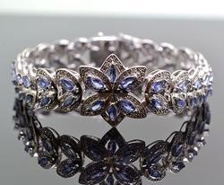 Elegant Tanzanite & Diamond Designer Bracelet