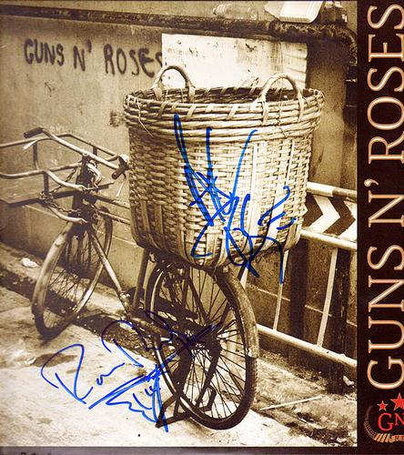 Guns N Roses Autographed Chinese Democracy Album AFTAL