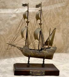 European.800 Silver Ship model on Stand