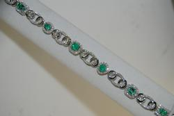 Elegant Emerald & Diamond Bracelet