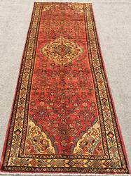 Lovely 1950s Authentic Handmade Vintage Persian Ferahan