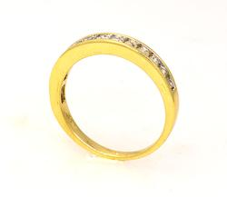Diamond Band in Gold, Size 6.5