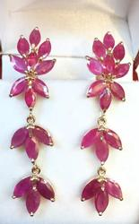 9 Carat Natural Ruby Earrings in 14kt Gold
