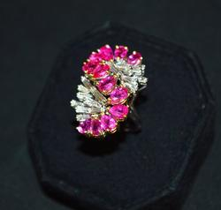 Top Quality 18kt Gold Ruby & Diamond Ring
