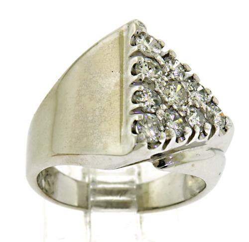 Winning Triangle Top Diamond Ring