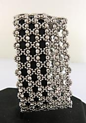 Very Trendy 18K Wide Bead Bracelet