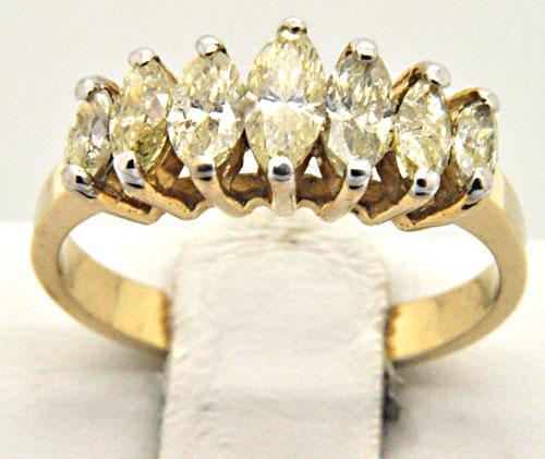 LADIES 14 KT DIAMOND BAND 1.00 CARAT TOTAL WEIGHT.