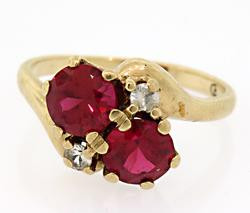 10KT Yellow Gold Ring with Red & White Gemstones