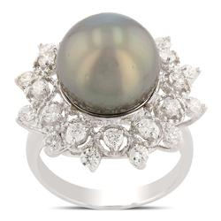 Diamond and Pearl Ring, stunning!