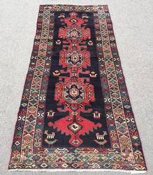 Simply Lovely 1960s Authentic Handmade Vintage Persian Akstafa