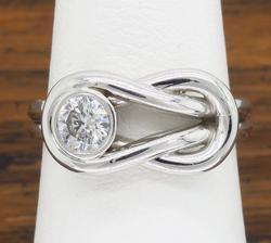 14K White Gold Knot Shaped Diamond Ring