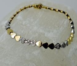 Attractive 14K Heart Link Bracelet with Diamonds
