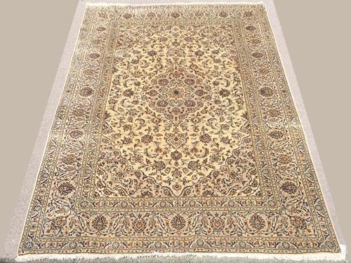 Exquisite 1960s Fine Authentic Handmade Vintage Persian Bidgol