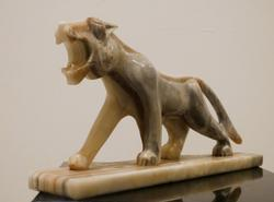 White Onyx Marble Panther Hand Crafted Sculpture