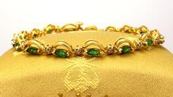 Gorgeous Emerald & Diamond Bracelet in Gold, 7.5in