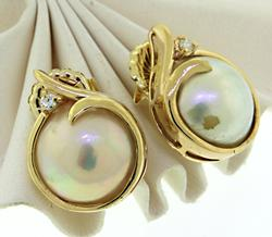 14KT Yellow Gold Mabe Pearl & Diamond Earrings