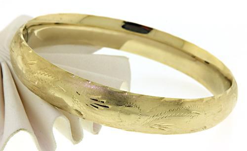 14kt Etched Gold Bangle