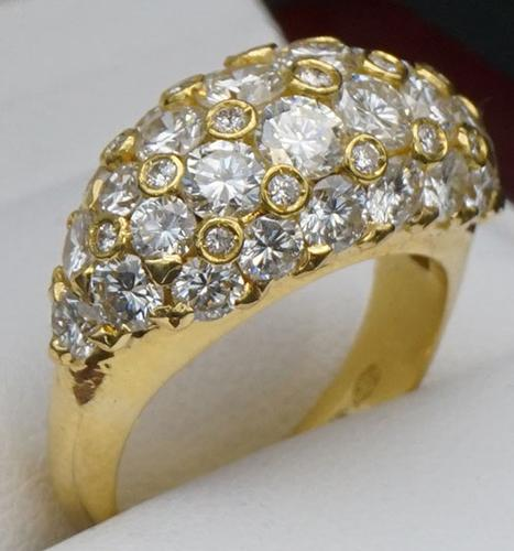 Flashy 18kt Gold Diamond Dome Cocktail Ring