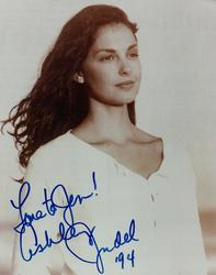Ashley Judd Autographed 8x10 Beach Photo RACC TS AFTAL