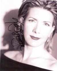 Kathy Mattea Autographed Signed BnW 8x10 Photo AFTAL UA